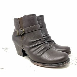 Baretraps Ruby ruched vegan booties brown 7